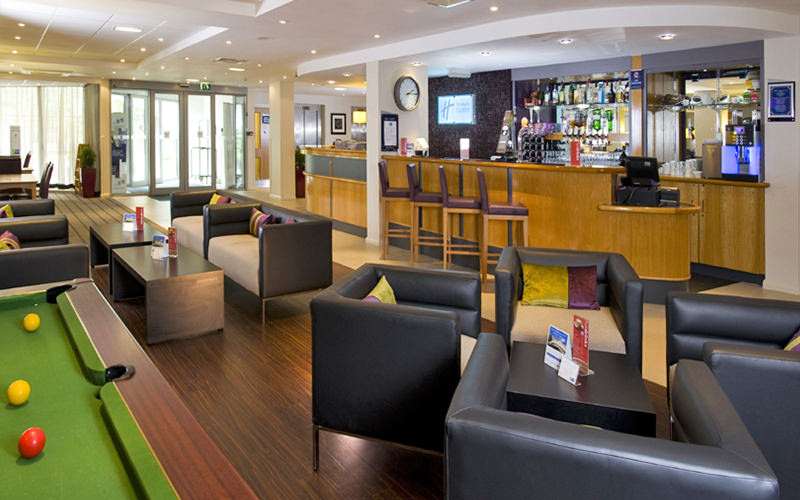 The Bar at Holiday Inn Express - Hammersmith