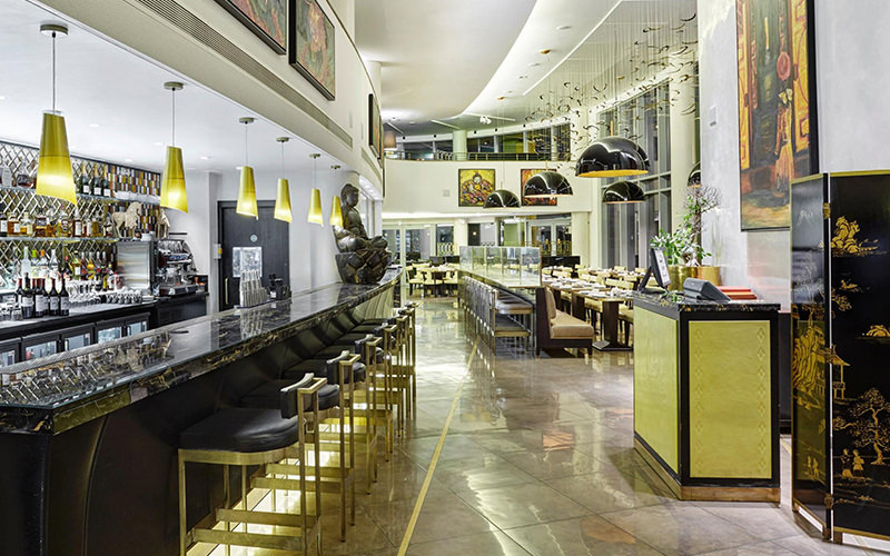The hotel bar and restaurant at Crowne Plaza Battersea