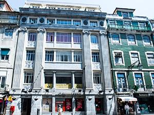 Golden Tram 242 Hostel