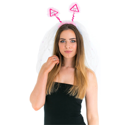 The boppers stick up above the veil