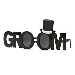 Groom glasses from the side