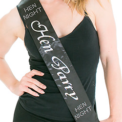 A model wearing the black hen party sash