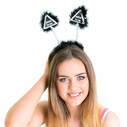 A model wearing the boppers