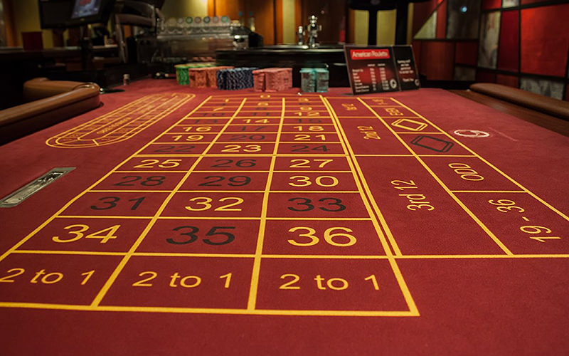 An image of the roulette table taken from the bottom